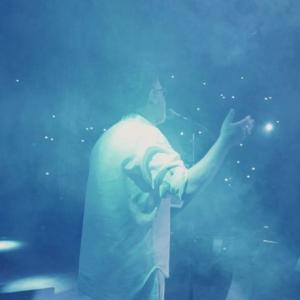 موزیک ویدئو: سفر - اجرای زنده معین