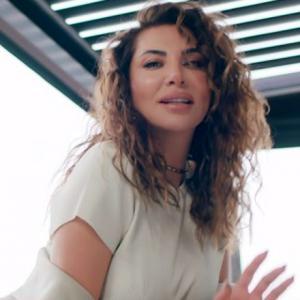 موزیک ویدئو: Yalniz uyunmaz Ebru Yasar