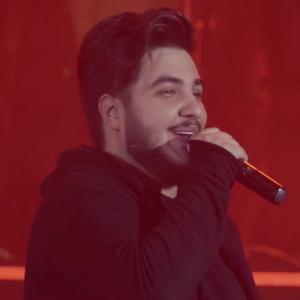 موزیک ویدئو: زلزله - اجرای زنده آرون افشار